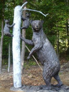 Black Bear Sow & Cubs Life-size plus - Wildlife Bronze Sculpture Monumental Wildlife Bronzes Life-size plus wildlife bronzes